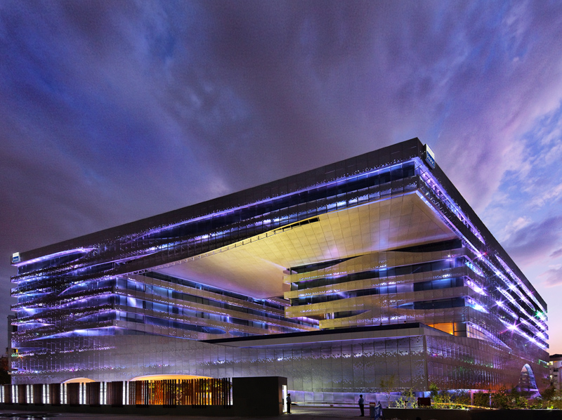 The park hotel hyderabad combines high performance design for Modern hotel