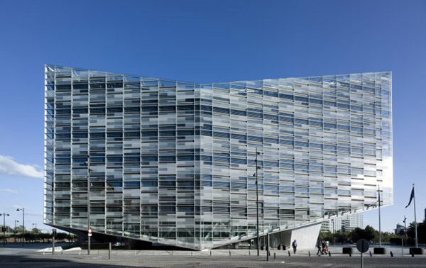 Glass facade architecture  The Crystal is a Floating Structure in Copenhagen / Schmidt Hammer ...