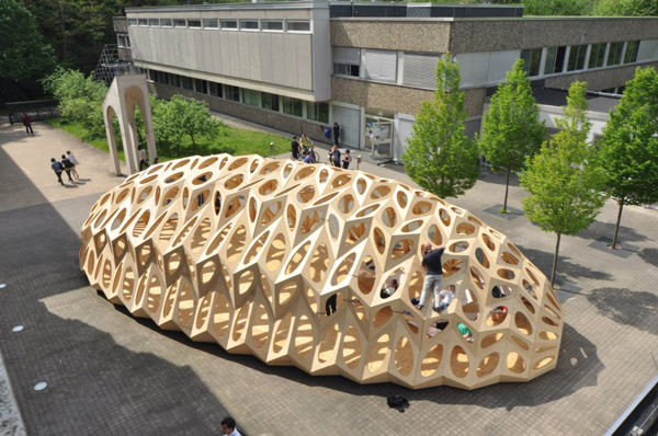 X Bowoos Temporary PavilionX Saarland UniversityX marine biodiversityX lightweight materialX wooden pavilionX shell-like structureX student workX german contemporary architetcure