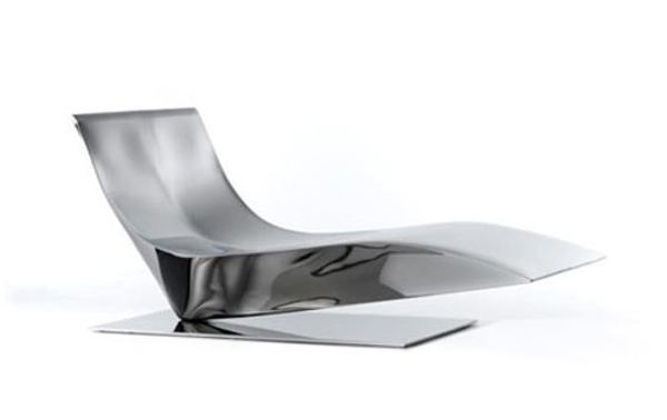 Lofty, chaise long, Piergiorgio Cazzaniga, Italian design, mdf italia, Italy, mirror-polish, stainless steel, laser cut, industrial design