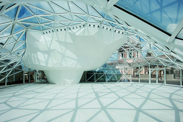 Rome, Italy, Fuksas, Massimiliano Fuksas, Doriana Fuksas, Unione Militare, refurbishment, panoramic restaurant, lantern, void, intervention, historic center, theater, fluid shapes